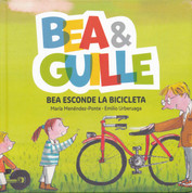 Bea esconde la bicicleta - Bea Hides the Bike
