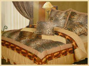 Queen Velvet & Jacquard 7 pc Comforter Set - Leopard