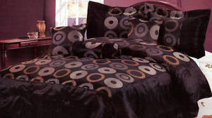 QUEEN Bed in a Bag 7 pc. Comforter Bedding Set - Black
