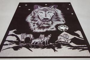 QUEEN Korean Design Black Wolf Plush Raschel Blanket