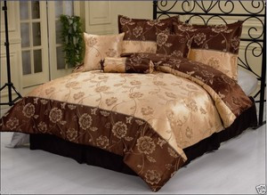 KING size Bed in a Bag 7 pc. Jacquard  Comforter / Bedding / Bed Ensemble Set