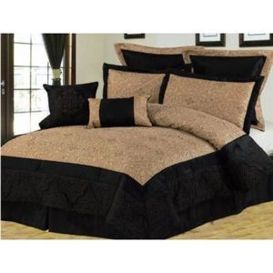 KING size Bed in a Bag 8 pc. Comforter / Bed / Bedding Set Black & Gold colors