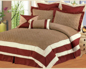 Queen size Bed in a Bag 8 pc. Comforter / Bedding Set / Bed Ensemble - BURGUNDY