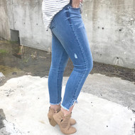 The Mila Distressed Jeans