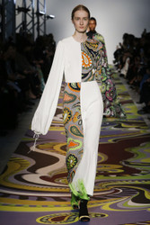 Emilio Pucci Fall 2017 Ready To Wear Look 19