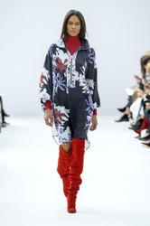 Leonard Paris Fall / Winter 2018 Ready To Wear Look 4
