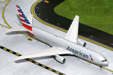 """Gemini 200 American Airlines """"New Colors"""" Boeing B767-300 N368AA G2AAL414 1:200"""