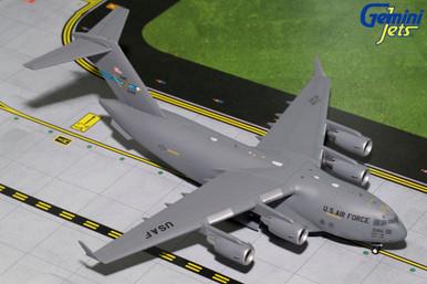 Gemini200 U.S.A.F BOEING C-17 (Dover AFB) 10186 G2AFO694 1:200