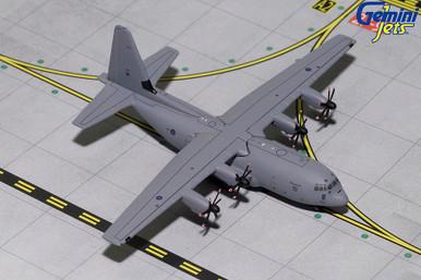 ROYAL AIR FORCE C-130J 886 GMRAF078 1:400