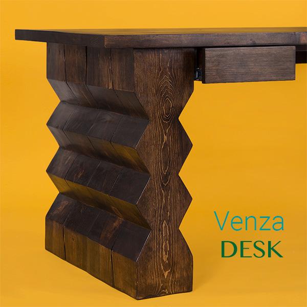 Venza Desk