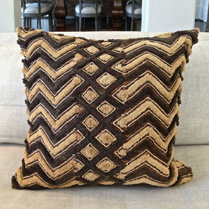 Authentic Shoowa Pillow 20 x 20 inches