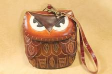 Brown owl wrisltet