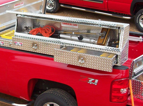 Topside Tool Box >> Slant Front Diamond Plate Aluminum Topsider With Drawers Truck Tool Box - WorkTrucksUSA