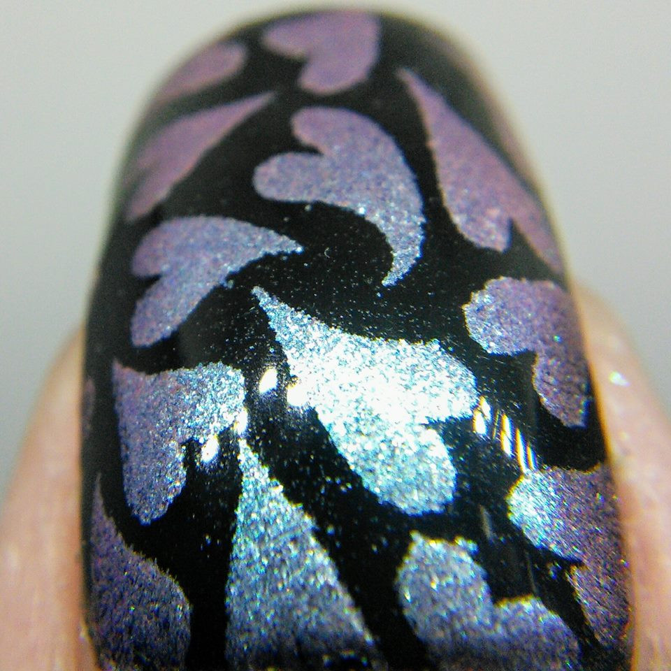 Novel, shifting pigment for nail art stamping. Available at www.lanternandwren.com.