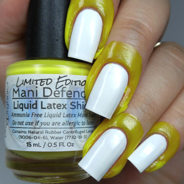 Mani Defender ®- Limited Edition - Liquid Latex for perfect nails - Use for easy clean up of stamping and nail art - Manicure - Nail Polish - YELLOW limited edition color