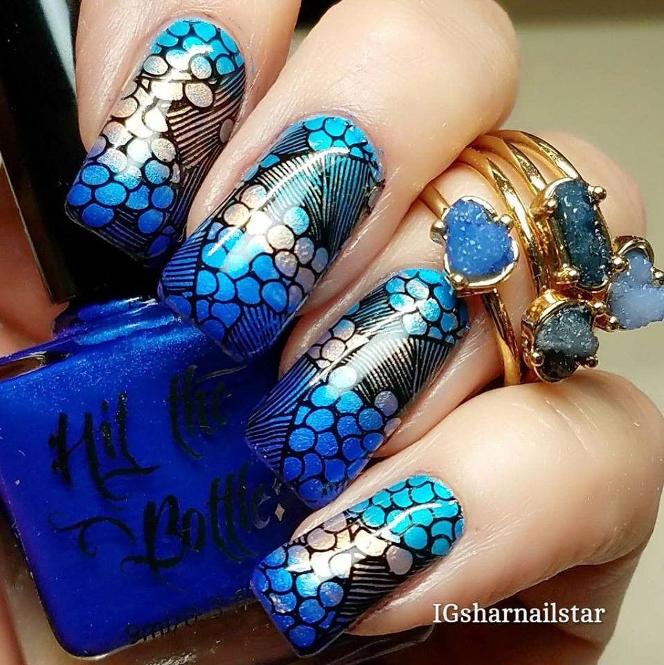 Mani using Hit the Bottle A Bolt from the Blue, Champagne Shifter and and Blue-tiful, by @Sharnailstar. Get all 3 at www.lanternandwren.com.