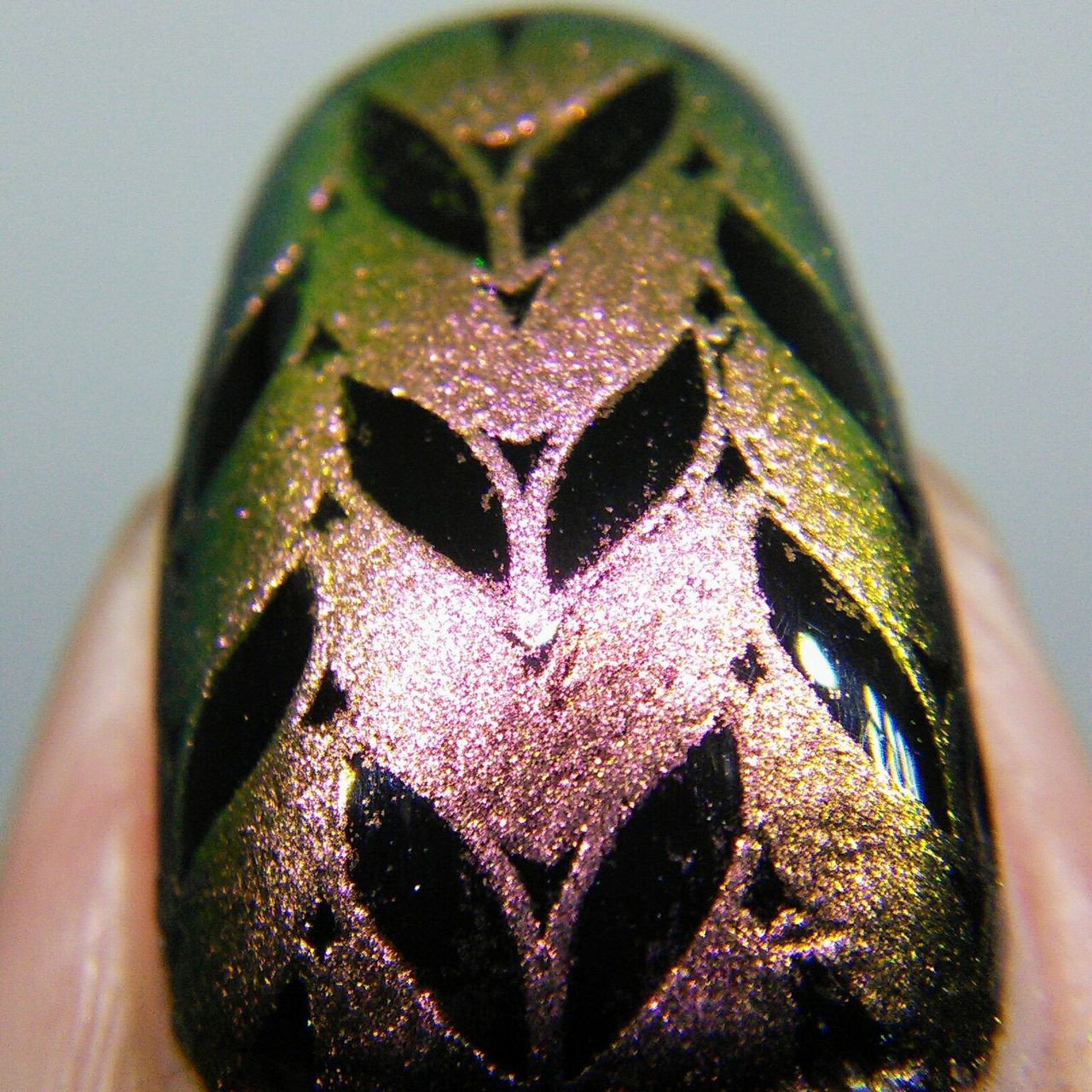 Harmonious, shifting pigment for nail art stamping. Available at www.lanternandwren.com.