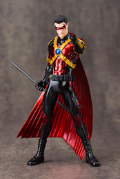 Batman: Red Robin New 52 ArtFX+ 1/10 Scale Figure