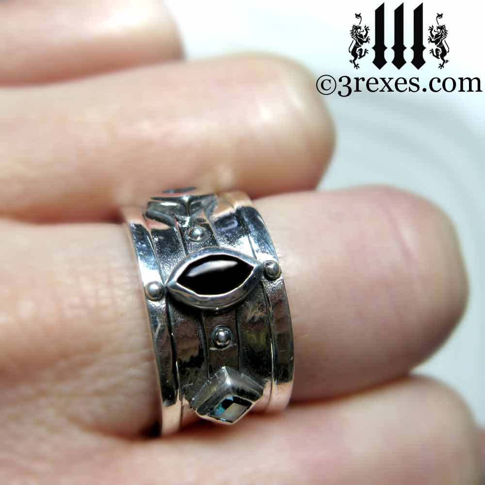 .925 sterling silver medieval ring with black onyx cabochon