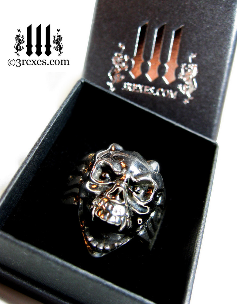 3 rexes prestige ring box with silver skull gargoyle ring