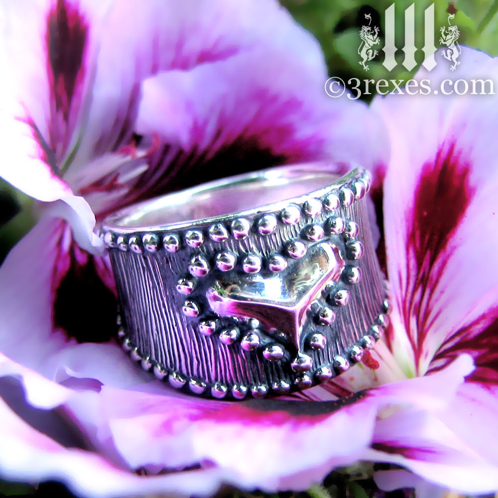 medieval studded heart ring .925 sterling silver side detail