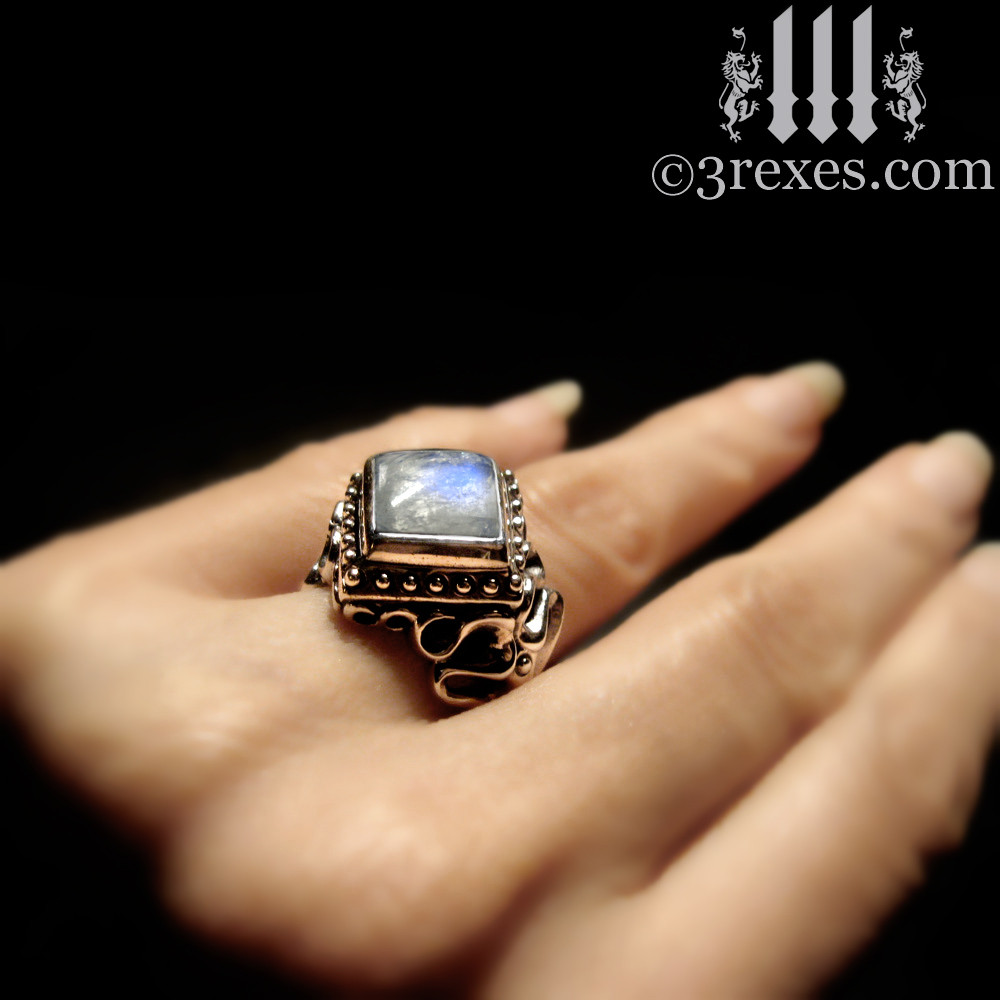 magic moonstone ring model detail