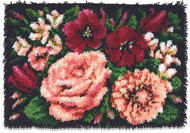 "WonderArt Floral Dvine 20"" x 30"" Classic Latch Hook Kit"