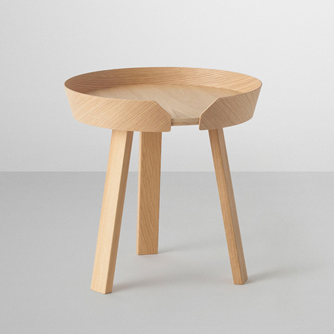 Muuto  |  Around Coffee Table Small