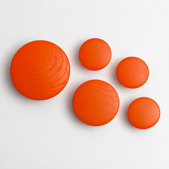 Muuto  |  The Dots Tangerine