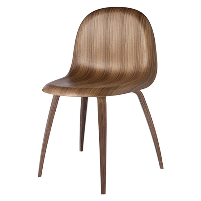 Gubi  |  Gubi 5 Chair Walnut