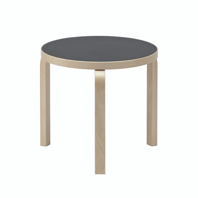 Artek  |  90D Table