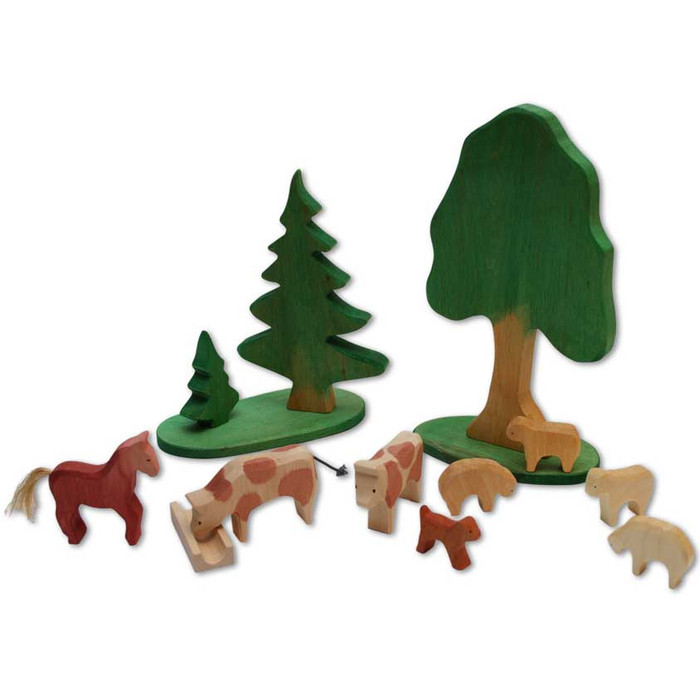 small wooden animal farm figures, made in Germany