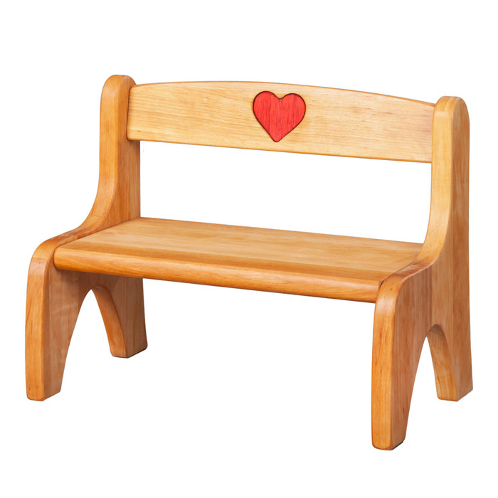 dolly's bench with heart