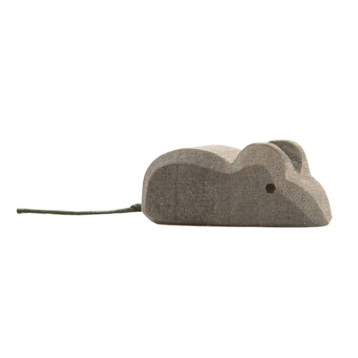Ostheimer mouse, 1.5 cm high.  Made in Germany.