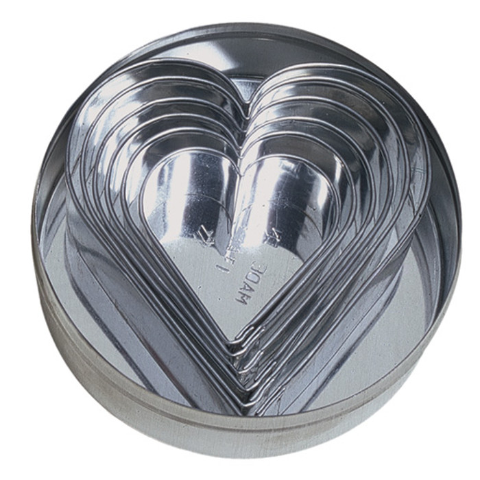 baking forms, hearts