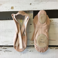 NWT!  Bloch Dansoft Split Sole Ballet Shoes