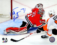 Antti Raanta Signed Chicago Blackhawks Goalie Action 8x10 Photo