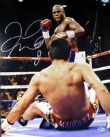 Floyd Mayweather Jr. Autographed 16x20 Photo Beckett BAS Stock #121894