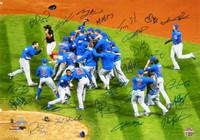 2016 Chicago Cubs Team Signed Chicago Cubs 2016 World Series Celebration 16x20 Photo  - Schwartz COA
