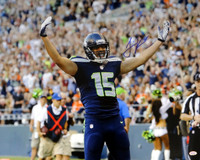 Jermaine Kearse Autographed 16x20 Photo Seattle Seahawks.
