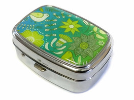 Elite Light Up Portable Pill Box in Style 3