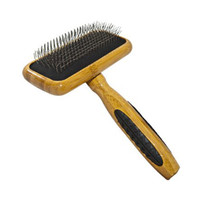 Bass Slicker Brush