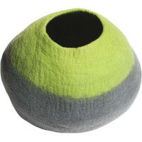 Lollycadoodle Wool Pet Caves in Green