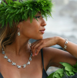Sterling Silver Hawaiian Maile Leaf Lei Necklace
