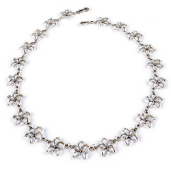 Pua Melia Plumeria Necklace with 1/2 inch Flowers
