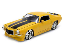 1971 Chevy Camaro JADA BIGTIME MUSCLE 1:24 Scale Yellow 90532