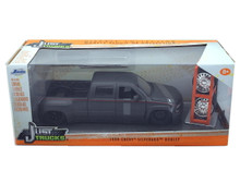 1999 Chevy Silverado Dooley Pixkup w/ Extra Wheels JADA JUST TRUCKS Diecast 1:24 Scale Matte Grey 97301
