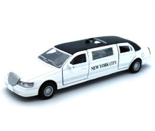 1999 Lincoln Town Car NYC Stretch Limousine with Lights Sound Diecast 1:38 White