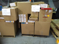 7 Pallets #14208 - 1640 units of Office, Furniture & Business Products from Staples Canada - MSRP 26 662$ - Returns