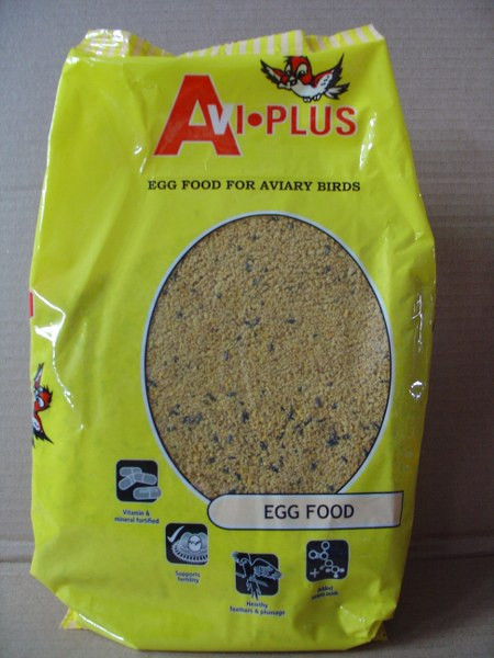 The perfect addition to your cage bird's diet when adults are breeding and rearing young in the nest. Contains whole egg, essential vitamins and minerals, and the ideal amino acid levels to ensure both adults and chicks obtain the best possible level of nutrition.
